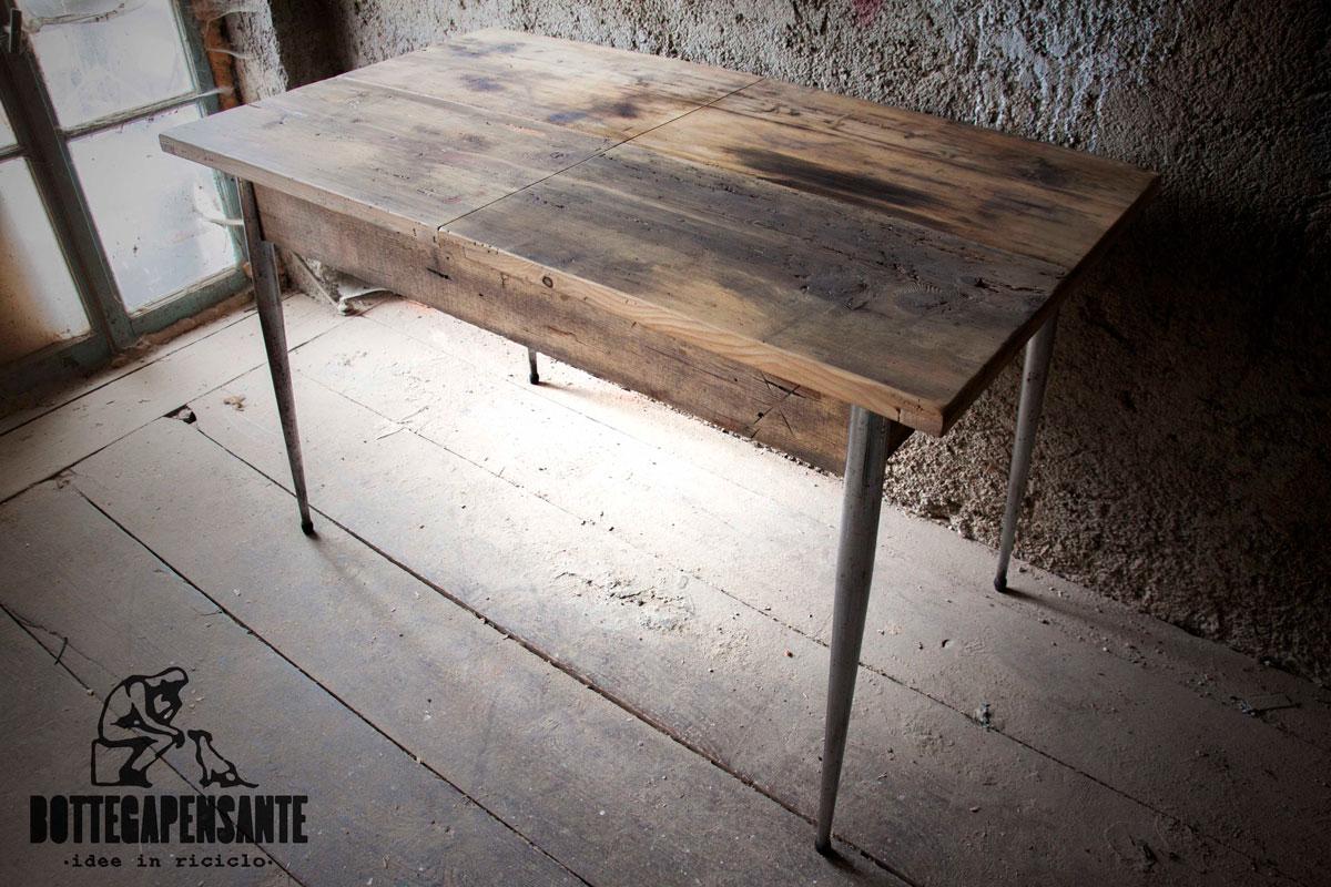 Tavolo in abete antico bottega pensante for Arredamento tavoli