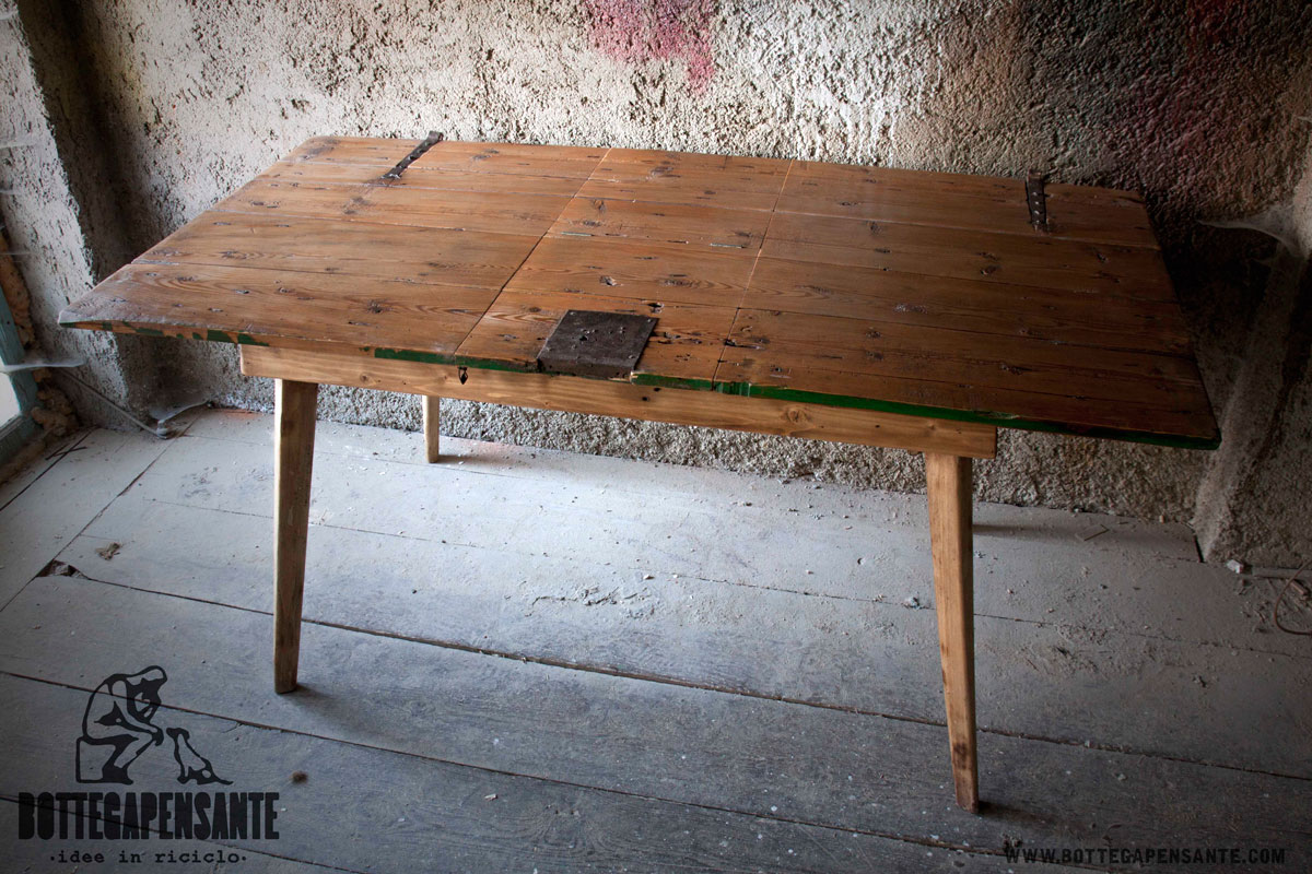 Tavolo porta vinigo bottega pensante for Arredamento tavoli